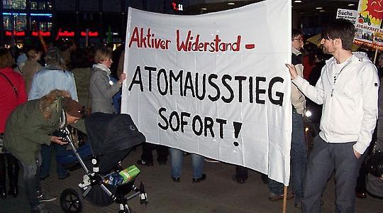 Anti-Atom-Demonstration in Berlin, 12.3.2011 <br/>Foto von Frank Eßers