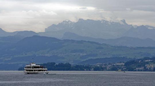 Insel der Seligen? Zürcher See in der Schweiz