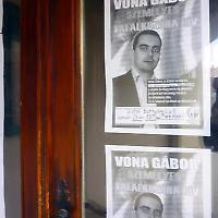 Plakate der ungarischen Jobbik-Partei <br/>Foto von Jo Peattie