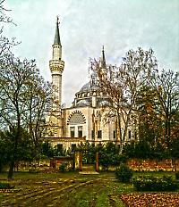 Allein die Sehitlik-Moschee in Berlin erlebte seit Juni vier Brandanschläge <br/>Foto von the walking disaster