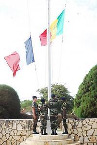 Militärische Feier zu 50 Jahren Unabhängigkeit im Senegal <br/>Foto von seneweb
